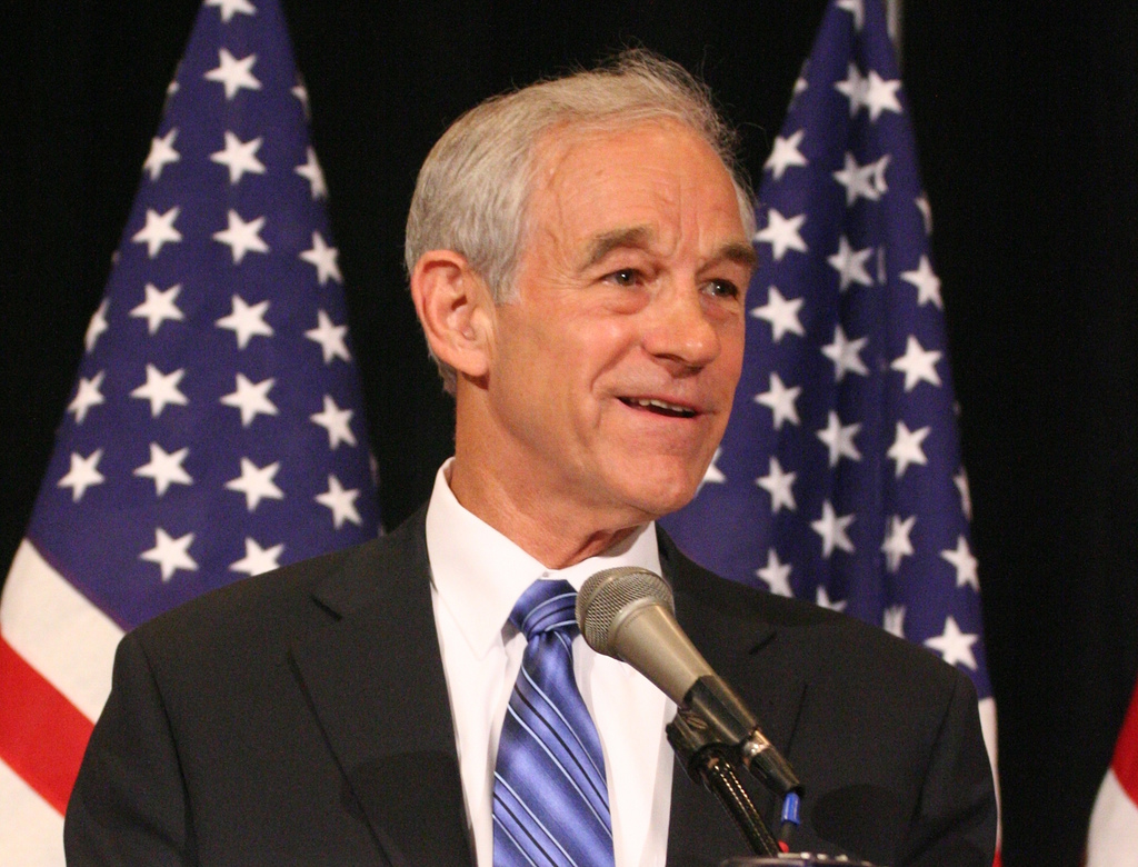 how tall is ron paul
