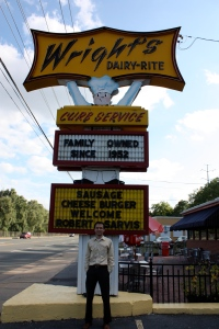 Wright's Dairy Rite welcomes Robert Sarvis to Staunton